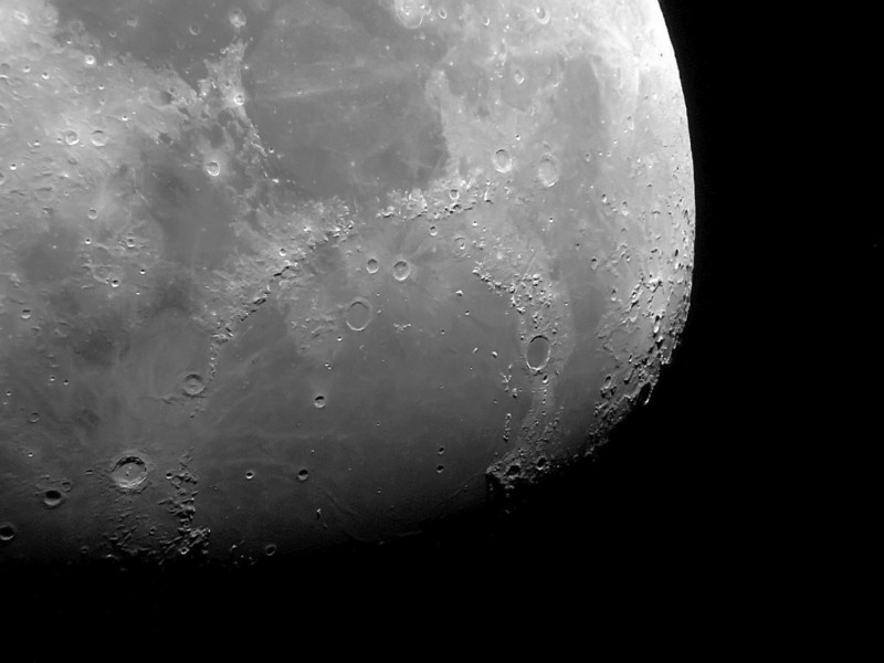 Imaged Apennies and Plato area - April 4, 2009 4 inch Edmund Refractor.
