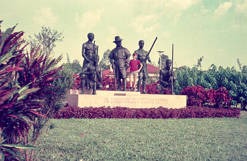 Estatua- Comandante Ernesto Vilhena