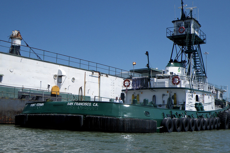 """This working tug had an ownership change, and so went through a name change from the """"Defiant"""" to """"Pt. Fermin"""", and city from """"Los Angeles"""" to """"San Francisco"""".  The guys working on it were nice and answered all sorts of geeky questions."""