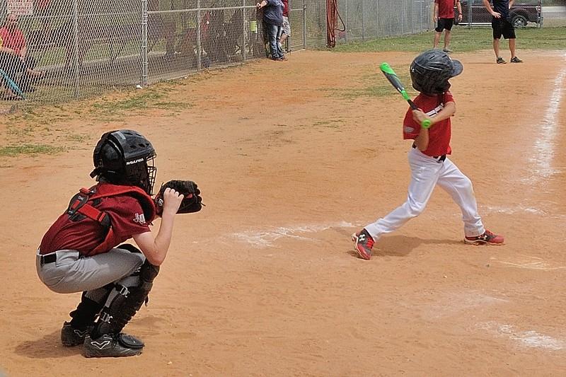 BBP_7424_010_Trevor Baseball.jpg