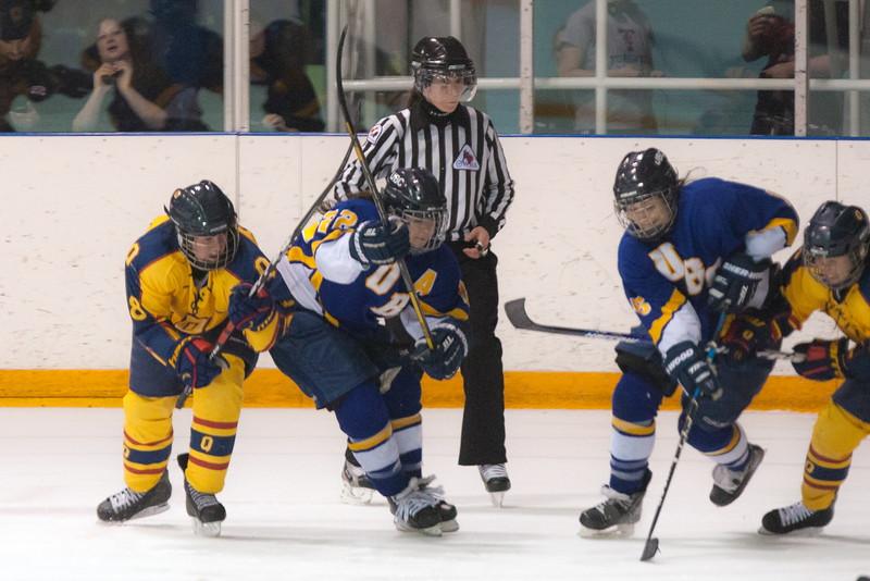 20130310 QWHockeyvsUBC 682.jpg