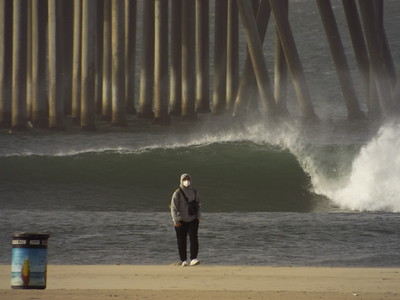 10/26/20 * DAILY SURFING PHOTOS * H.B. PIER