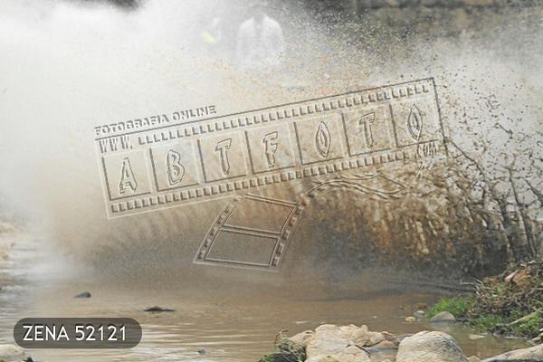 ZENA 52121.jpg