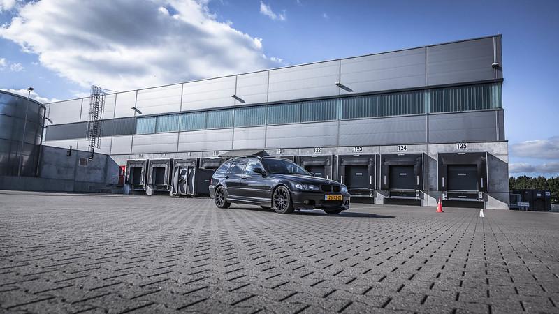 BMW330D-6306.jpg