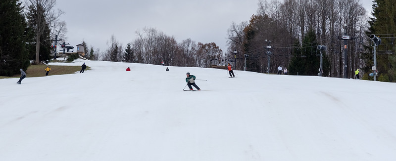 Opening-Day_11-22-19_Snow-Trails_Mansfield-OH-71107.jpg