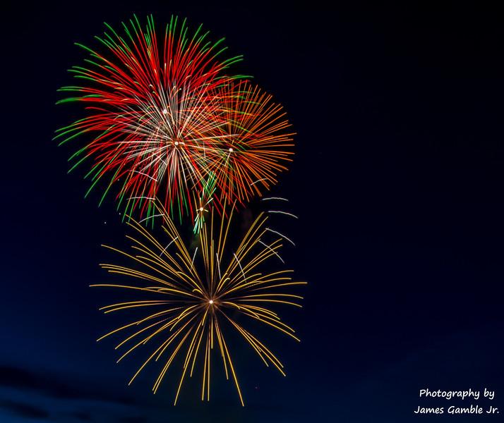 Fourth-of-July-Fireworks-2016-0295.jpg