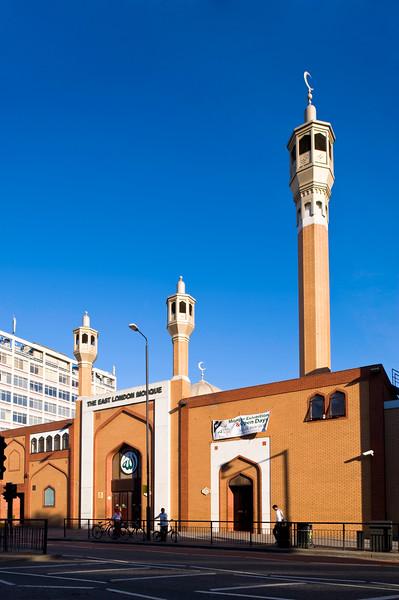 Mosque on Whitechapel Road, E1, London, United Kingdom