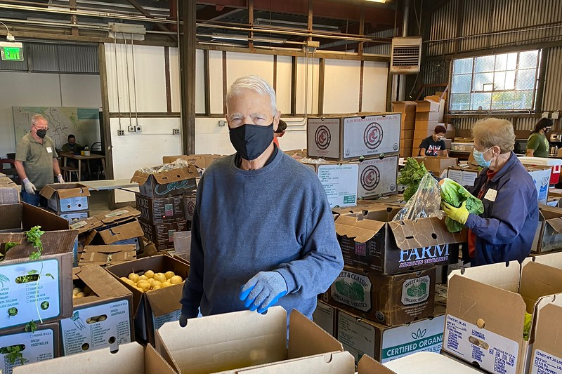 abrahamic-alliance-international-abrahamic-reunion-compassion-farm-box-packing-san-jose-2021-09-13-veggielution-warehouse-22-25-17-eva-lippmann.jpeg