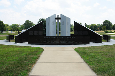 Illinois War Memorials