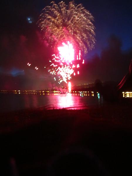 Hawaii - July 4th Fireworks-2.JPG