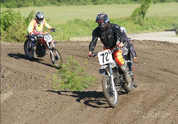 AM Race  1