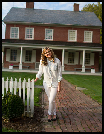 Emily Hilton Senior pics