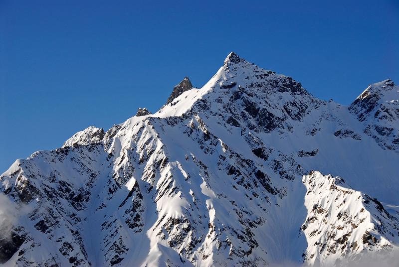080502 1670 Russia - Mount Elbruce - Day 2 Trip to 15000 feet _E _I ~E ~L.JPG