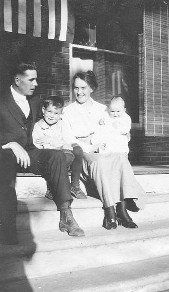 Robert and Hazel Evans Family