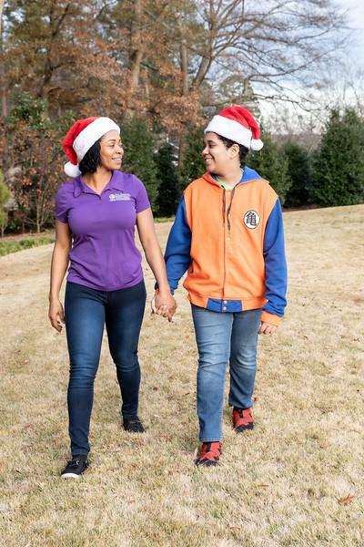 12.08.19 - Ana Santana (Christmas Photoshoot) - -24.jpg