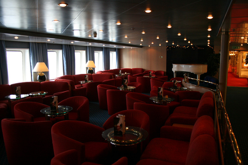 On board M/S ATHENA : Sirene's bar, Calypso deck.