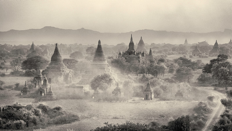 Sand Storm in Bagan #2.