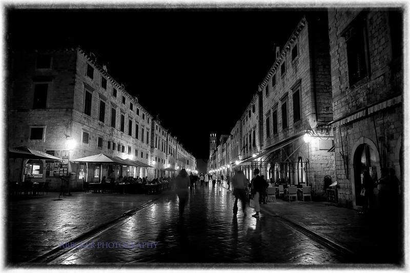 Street in Dubrovnik.jpg