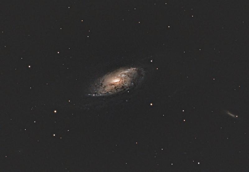 M106.1600px.jpg
