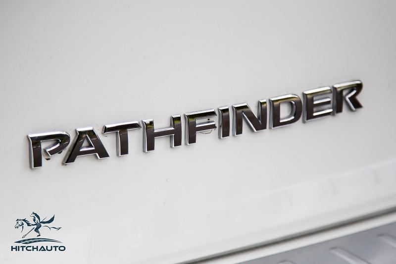 NissanPathfinderSL_White_XXXXXXX-8466.jpg