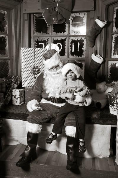 Santa Day1-375.jpg