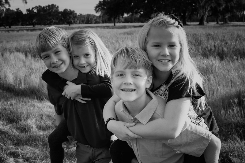 Hunt kiddos close B&W.jpg
