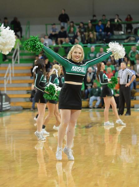 cheerleaders2384.jpg