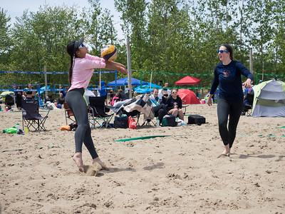 Amanda & Meagan Hit the Beach