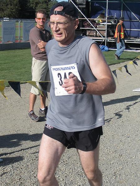 2005 Run Cowichan 10K - img0264.jpg