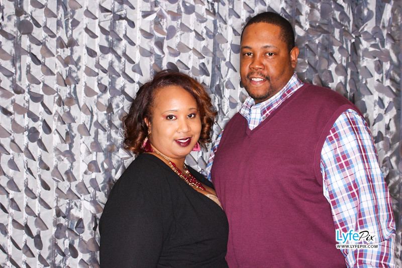 red-hawk-2017-holiday-party-beltsville-maryland-sheraton-photo-booth-0190.jpg