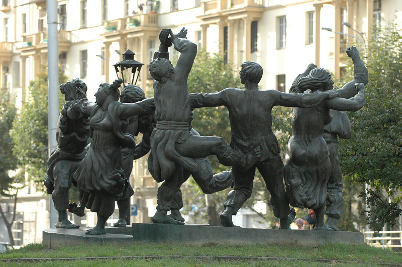 051009 9534 Georgia - Tbilisi - Georgian People Celebrating Sunday _E _I _L _N ~E ~L.JPG