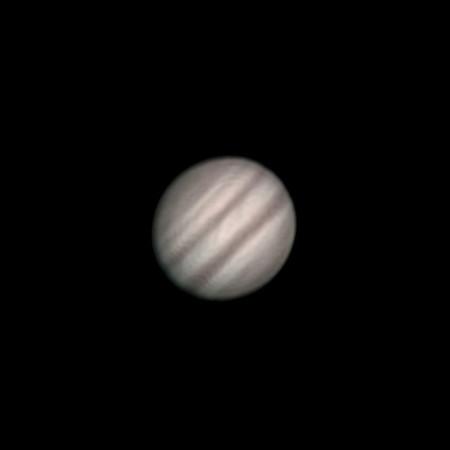 Jupiter, Olomouc 24.2.2014 cca. 0:10 SEČ. SkyWatcher 130/650, Barlow 3x, MS Lifecam Studio, stack cca. 2000 snímků.