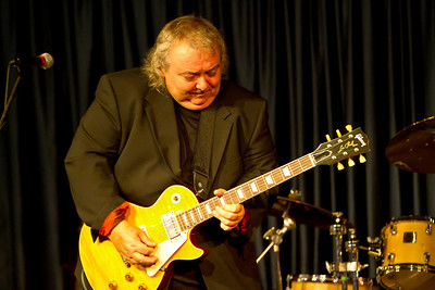 Bernie Marsden and Les Paul Trio  with Anton Fig and Neil Jason Iridium NYC Sept 13 2010