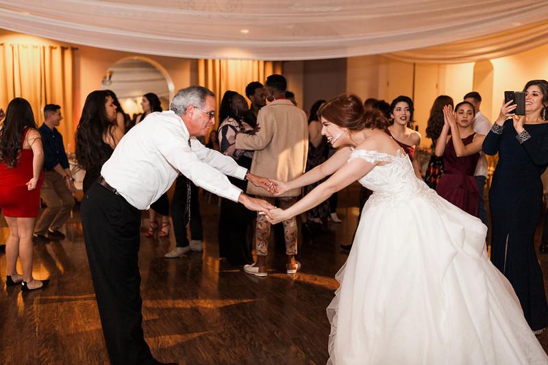 Alexandria Vail Photography Wedgewood Fresno Wedding Alexis   Dezmen847.jpg
