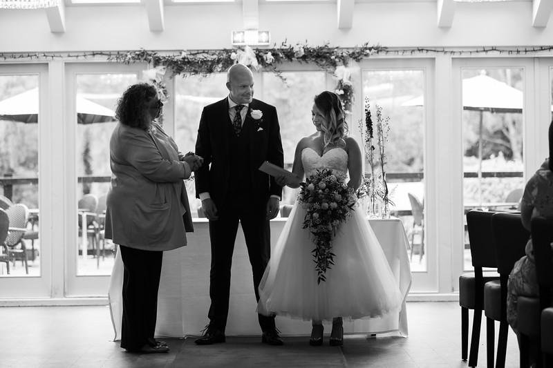 Sam_and_Louisa_wedding_great_hallingbury_manor_hotel_ben_savell_photography-0100.jpg