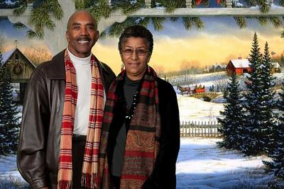 Praise Venue Christmas Family Portraits 12.5.10