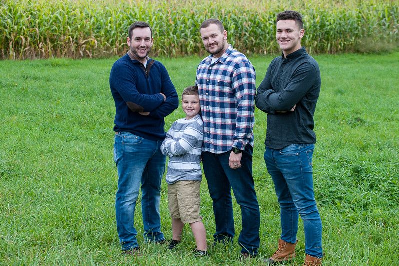 2017POUSSARDfamily-150.jpg