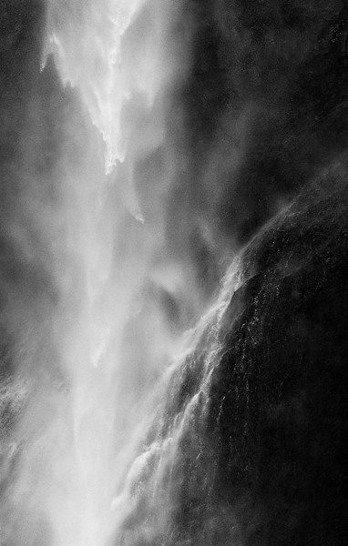 Waterfall structure (B&W)