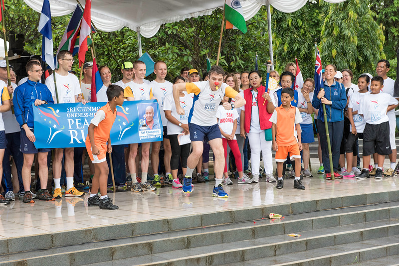 20170202_Peace Run Denpasar w_Mayor_196.jpg