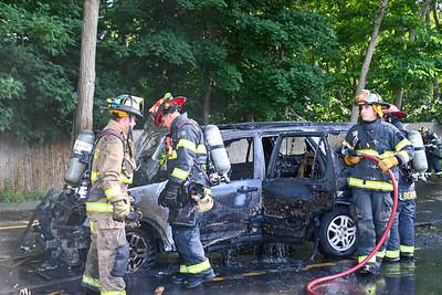 Mastic Car Fire Montauk Hwy {2021.06.27}