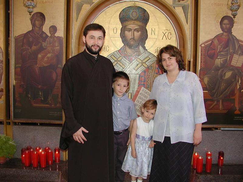 2006-08-13-Fr-Radus-First-Sunday_016.jpg