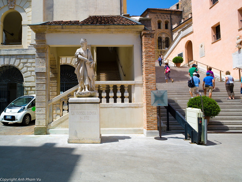 Uploaded - Nothern Italy May 2012 0313.JPG