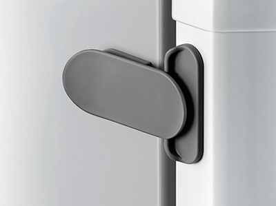 Fred_Home_Safety_Fridge_Freezer_Latch_Lifestyle_grey_zoom.jpg