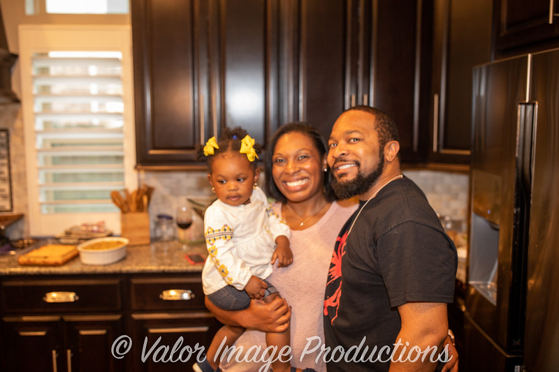 ©2019 Valor Image Productions Lewis Thanksgiving-15236.jpg
