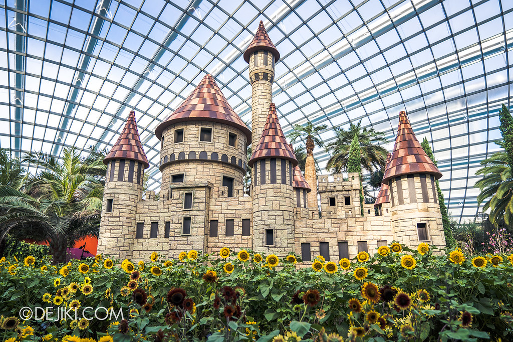Gardens by the Bay – Sunflower Surprise / Castle overview front