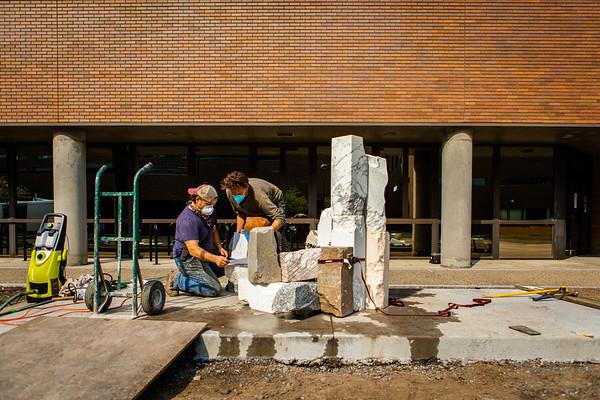 200396 UB Art Galleries, Philip Pavia Sculpture Installation, Spine, North Campus