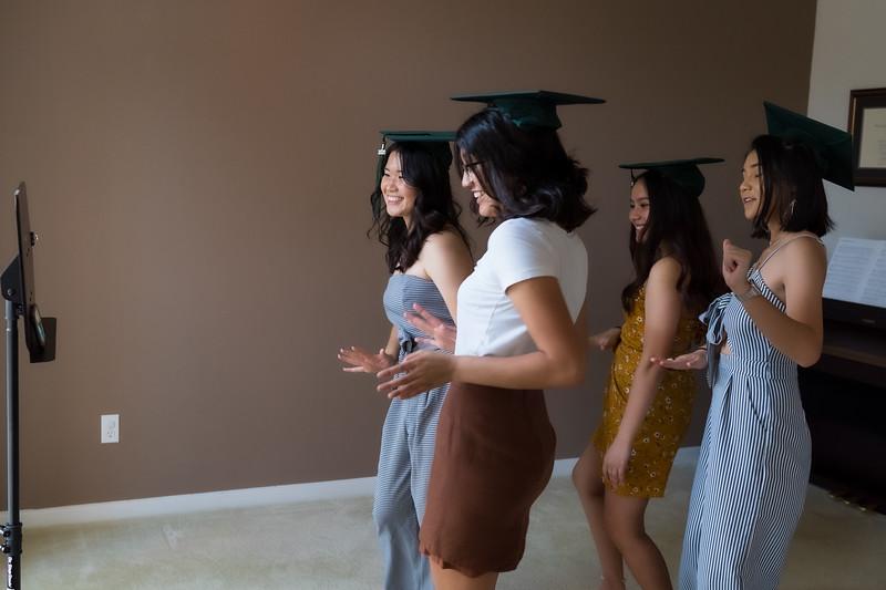 20200521_sarah-friends-connally-graduation_065.jpg