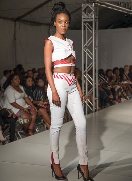 FLL Fashion wk day 1 (44 of 134).jpg
