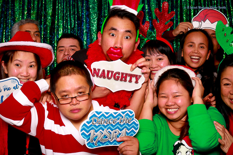 Medtronic Holiday Party -455.jpg