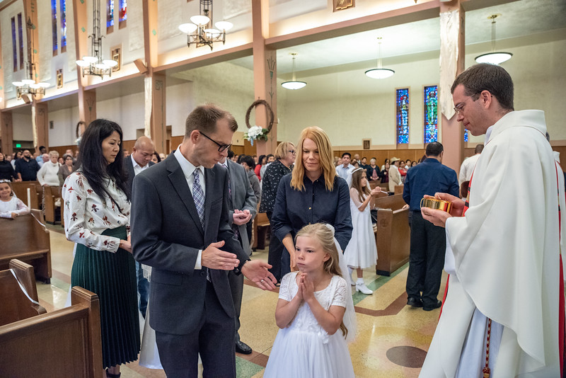 180520 Incarnation Catholic Church 1st Communion-82.jpg